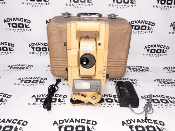 Topcon GTS-304 Total Station Transit w/ Case New Charger & Battery