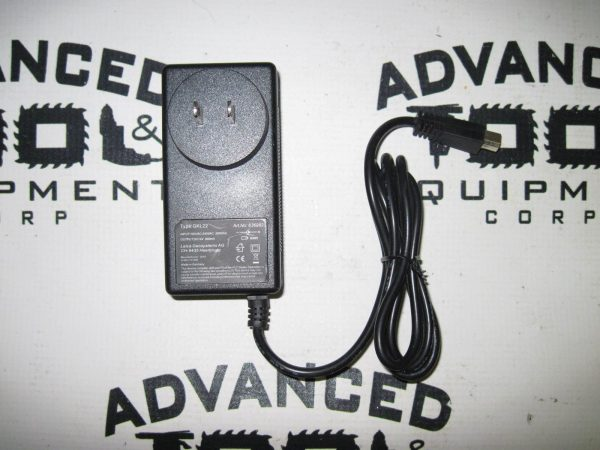 USA! New Leica GKL22 Replacement Charger GEB68 GEB70 GEB77 GEB79 GEB83 TPS100
