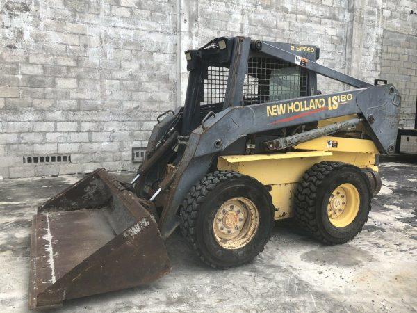 New Holland LS 180 Front End Loader Skid Steer Tractor
